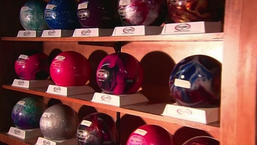 Wie Bowling-Kugeln gemacht werden | Handwerk | Was is hier eigentlich los?