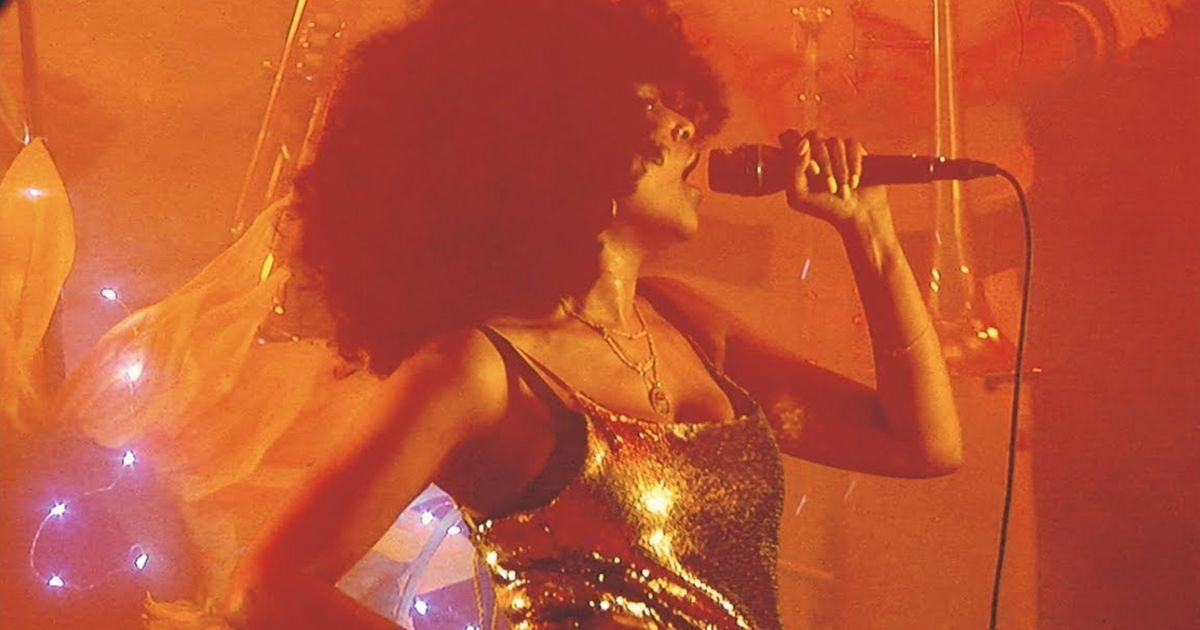 Iris Gold - Wow | Musik | Was is hier eigentlich los?