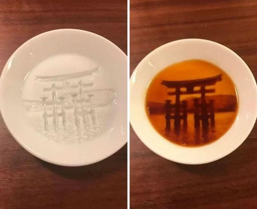 Soja-Saucen-Schälchen mit versteckten Motiven von Re' De' Stu | Design/Kunst | Was is hier eigentlich los?