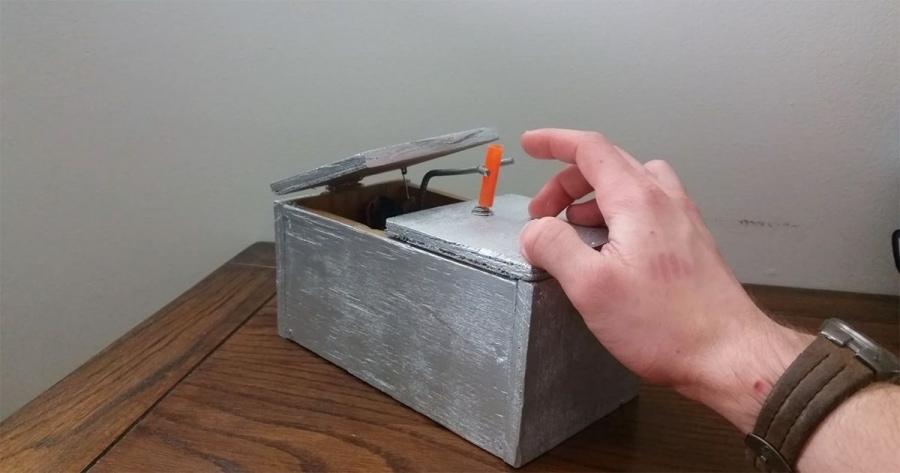 Die witzigste Useless Machine bis jetzt | Gadgets | Was is hier eigentlich los?