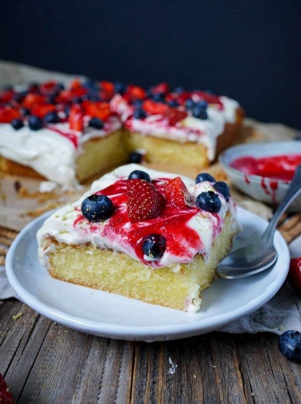 Line backt sommerlichen Mascarpone-Kuchen mit frischen Beeren | Line backt | Was is hier eigentlich los?