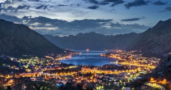 Timelapse: Kotor | Travel | Was is hier eigentlich los?