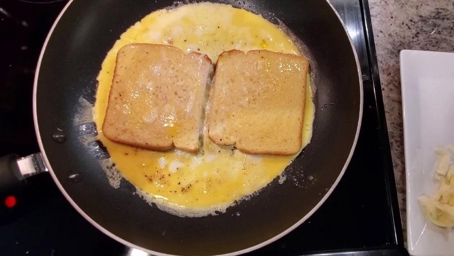 Ein Eier-Sandwich in Rekordzeit gemacht | Essen und Trinken | Was is hier eigentlich los?