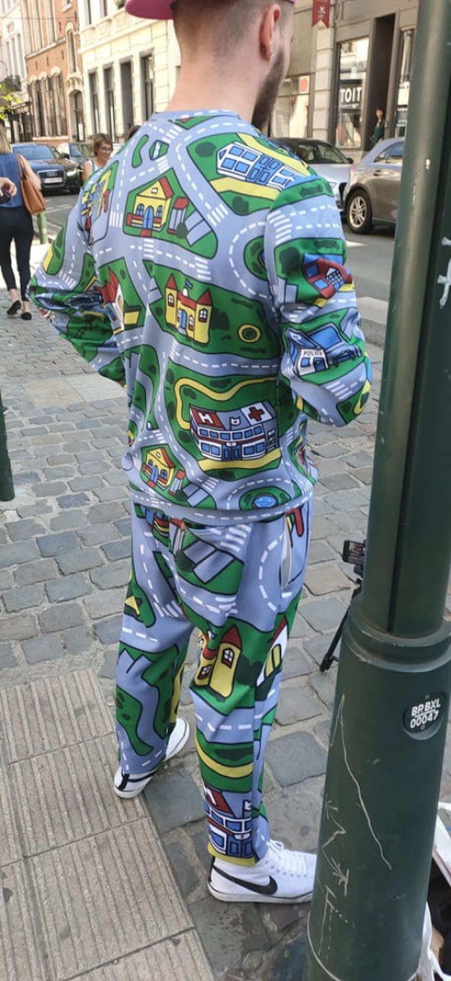 Mutige Klamotten-Wahl | Lustiges | Was is hier eigentlich los?