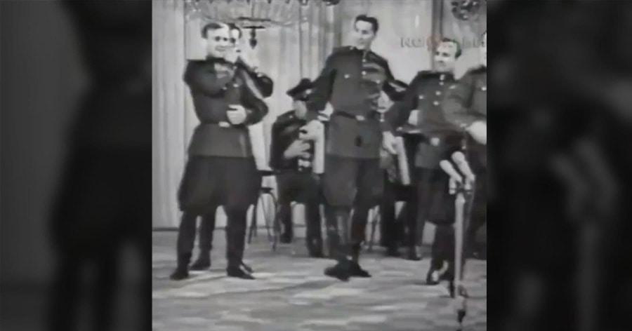 Sowjetische Soldaten tanzen zu Pop-Musik | Lustiges | Was is hier eigentlich los?
