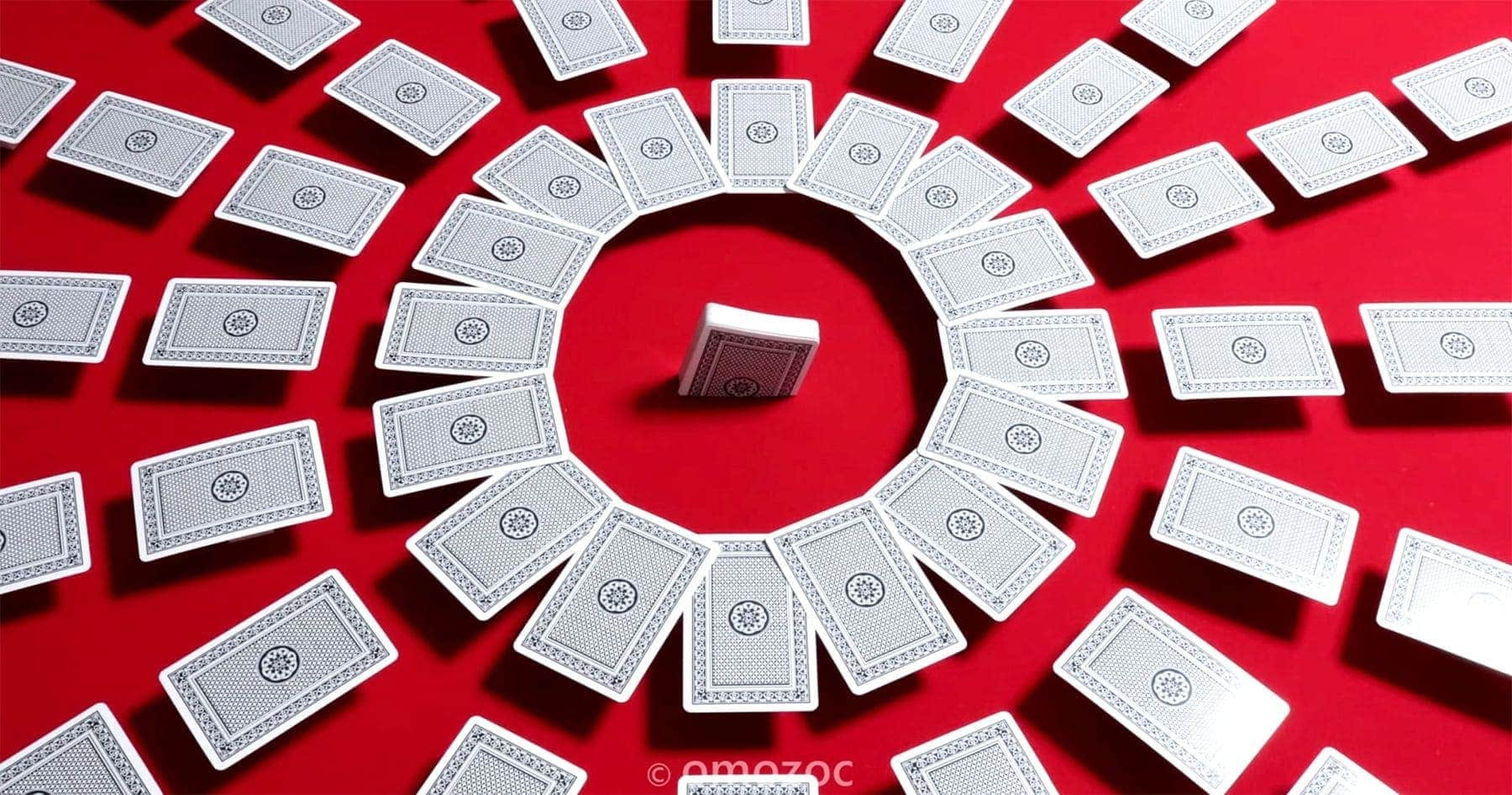 Legendary Poker Dealer – Stop-Motion-Cardistry | Awesome | Was is hier eigentlich los?