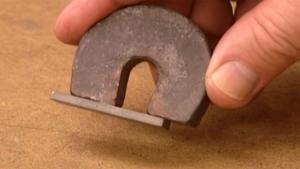 Wie Magneten hergestellt werden | Was gelernt | Was is hier eigentlich los?