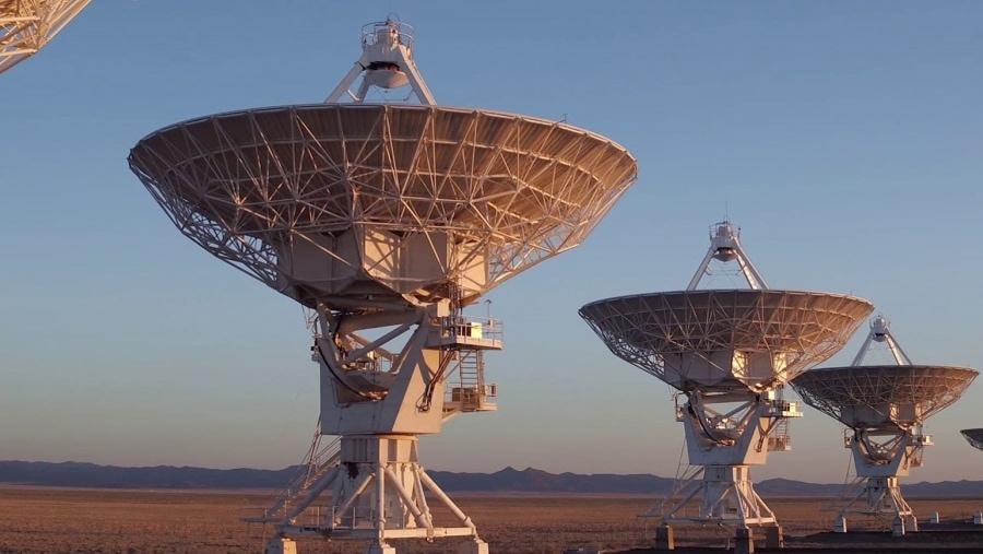 Riesige Radio-Teleskope in Bewegung | Gadgets | Was is hier eigentlich los?