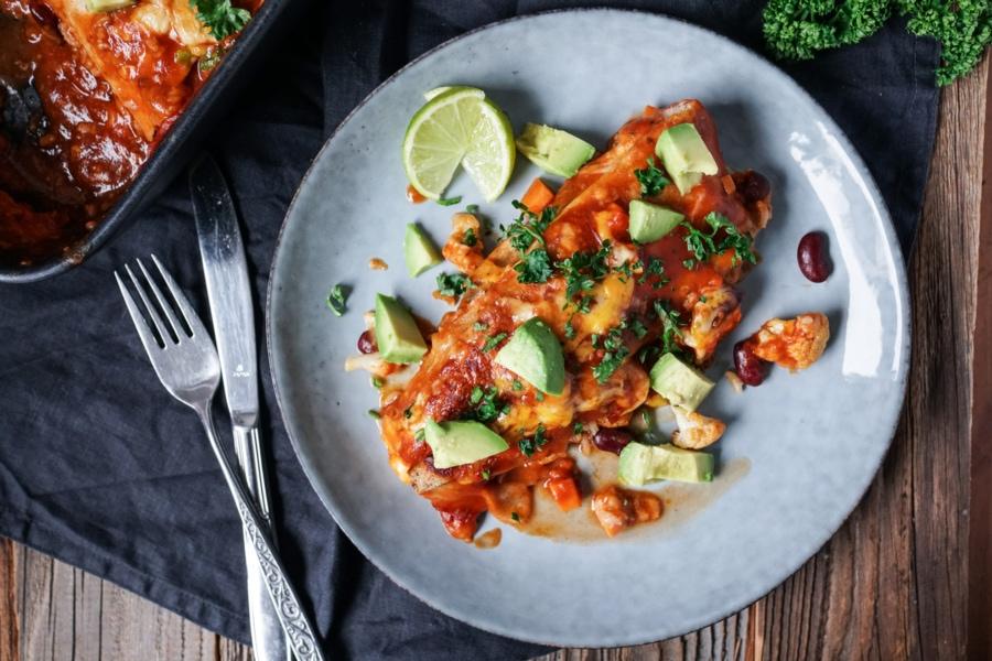 Line macht Enchiladas mit Bohnen, Süßkartoffel und viel Käse | Line kocht | Was is hier eigentlich los?