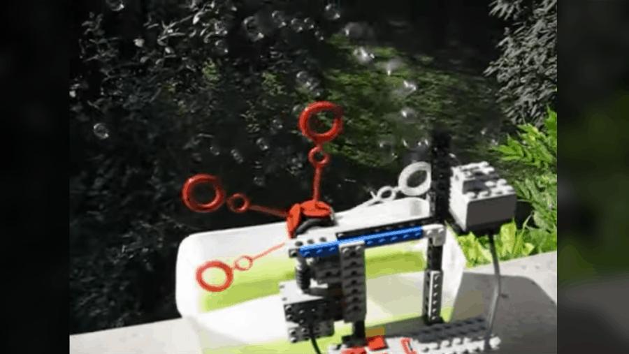 Gegen Langeweile: Eine Seifenblasenmaschine aus LEGO | Gadgets | Was is hier eigentlich los?