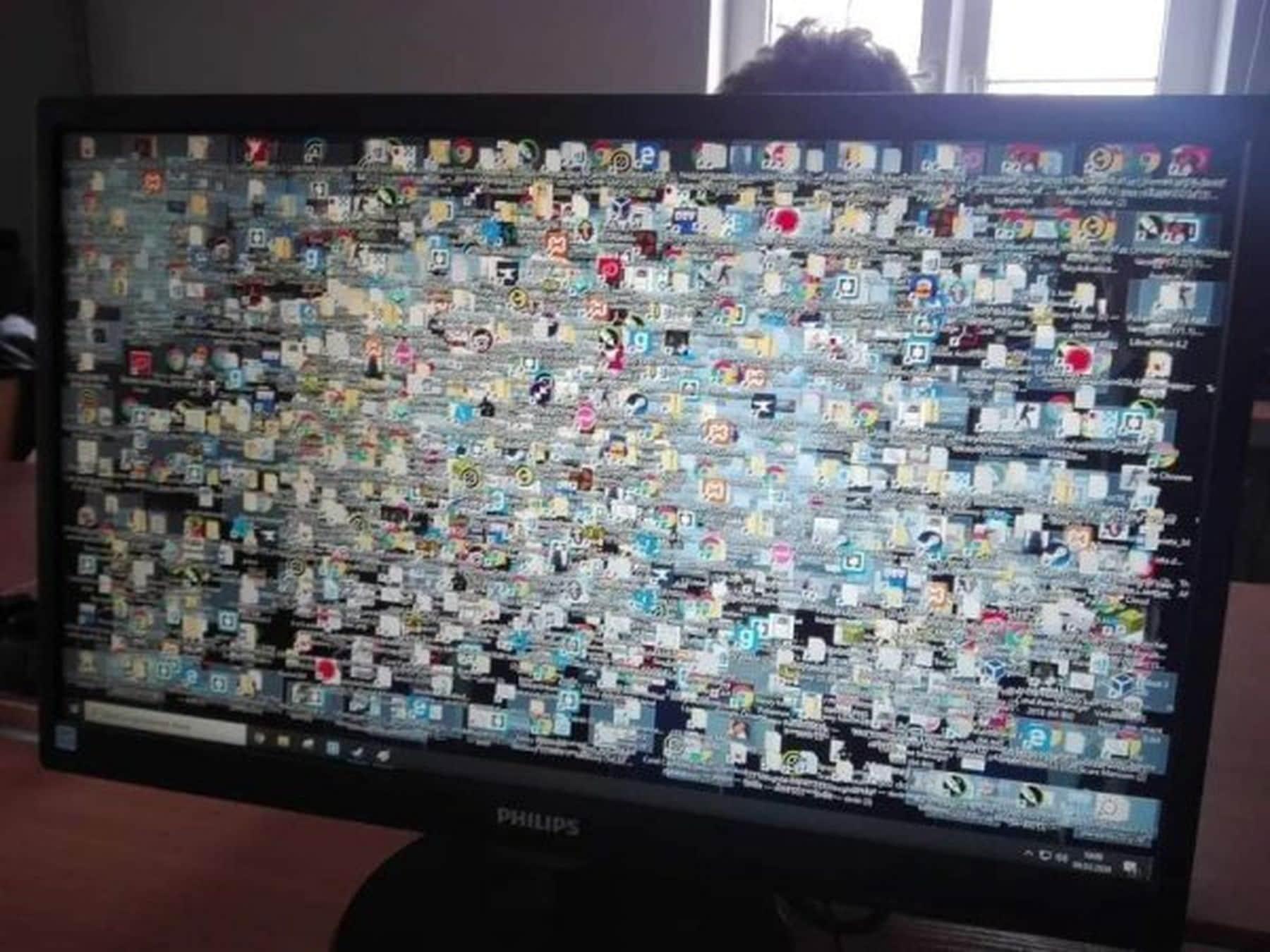 Woran man sieht, dass man einen zweiten Bildschirm braucht | Lustiges | Was is hier eigentlich los?