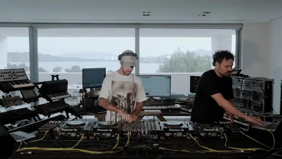 DJs ohne Musik | Lustiges | Was is hier eigentlich los?