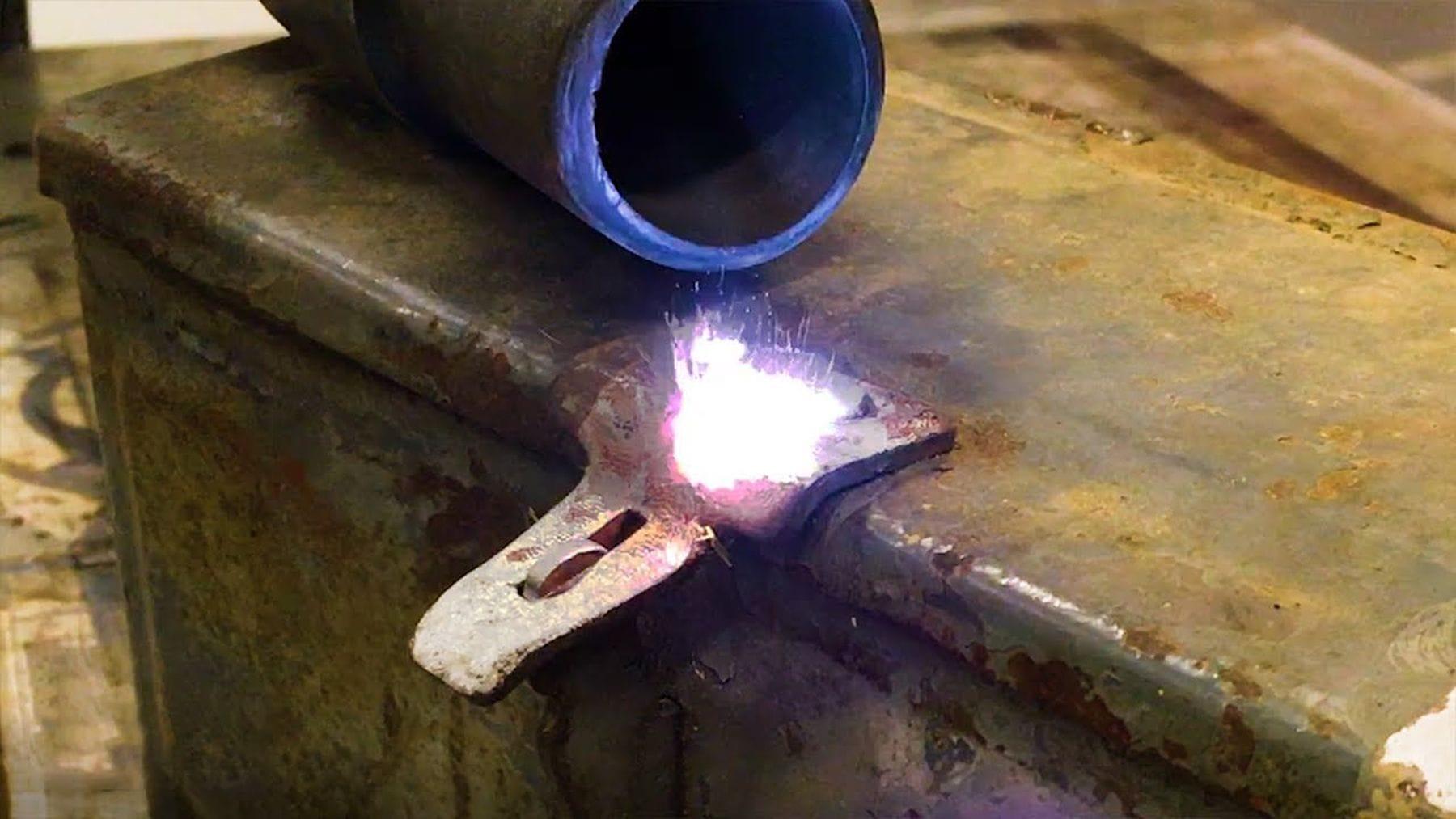 Wie man mit Laser Oberflächen reinigt | Gadgets | Was is hier eigentlich los?
