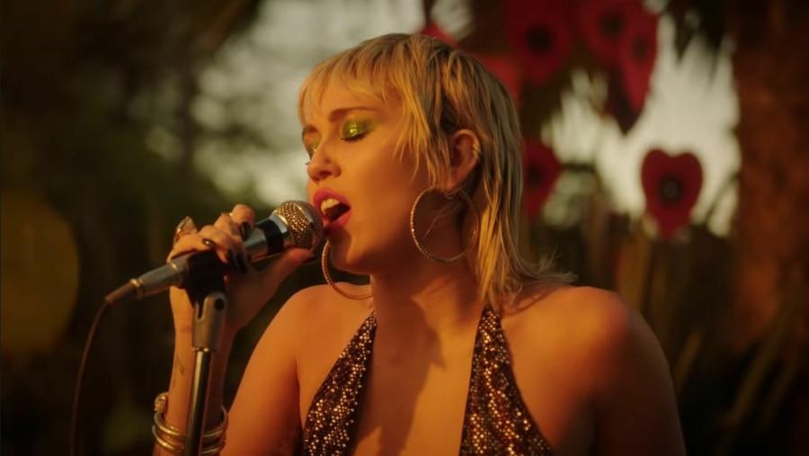 Miley Cyrus – Zombie | Just Breathe | Musik | Was is hier eigentlich los?