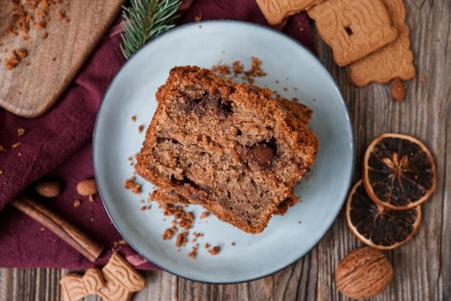 Line backt weihnachtliches Spekulatius-Bananenbrot mit Schokolade | Line backt | Was is hier eigentlich los?