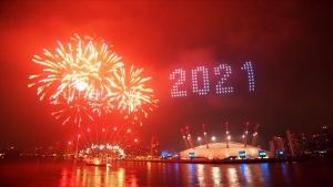 Neujahrsfeuerwerk 2021 aus Sidney, Dubai und London | Awesome | Was is hier eigentlich los?