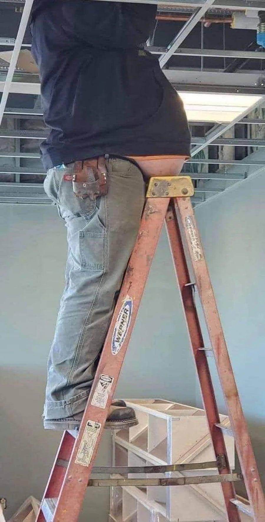 Wofür die oberste Stufe auf der Leiter wirklich gedacht ist   Lustiges   Was is hier eigentlich los?