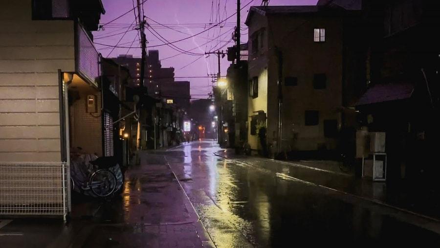 Ein Gewitter-Spaziergang durch Osaka bei Nacht | Travel | Was is hier eigentlich los?