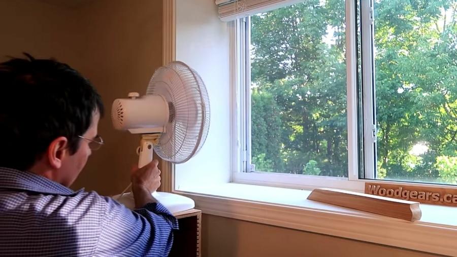 Wo man einen Ventilator am besten platzieren sollte | Was gelernt | Was is hier eigentlich los?