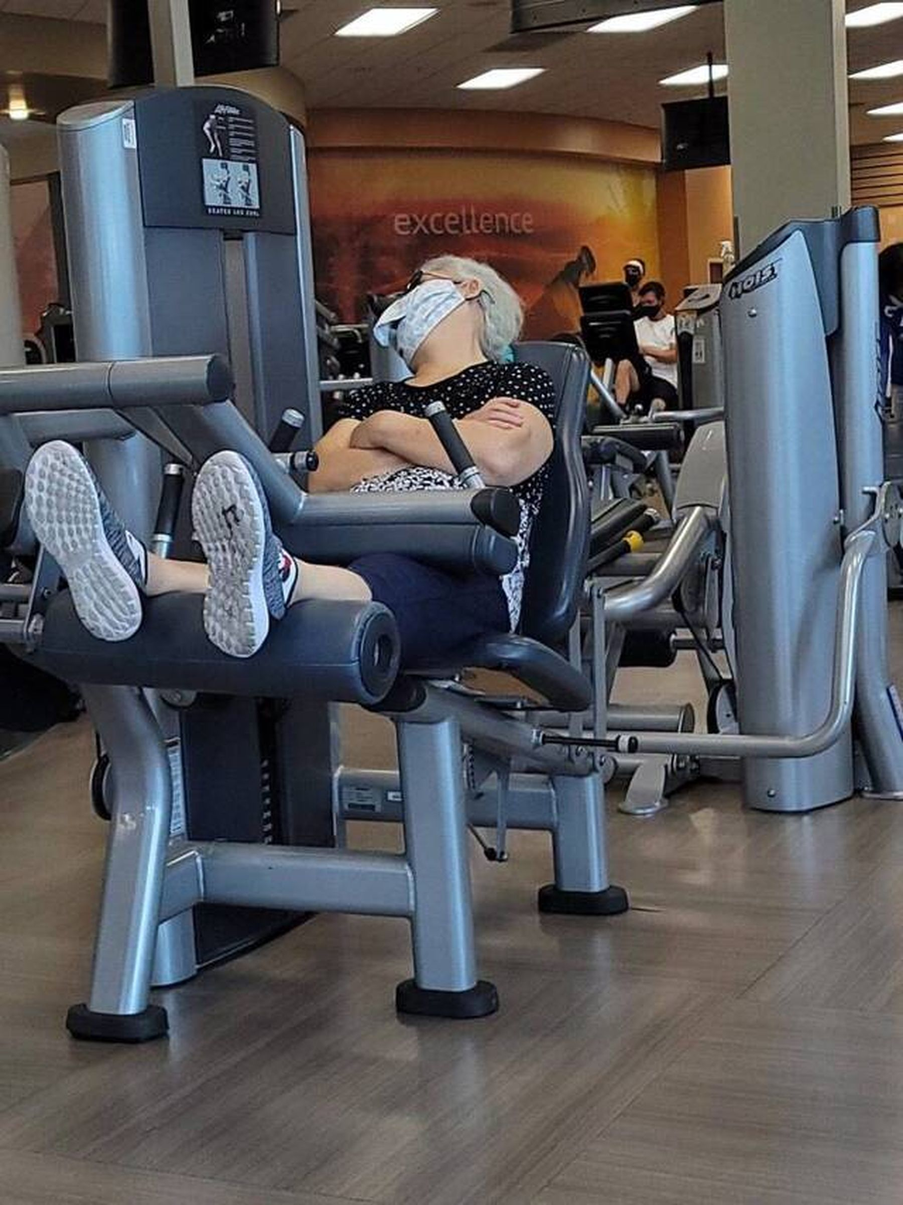 Montags im Fitnessstudio   Lustiges   Was is hier eigentlich los?